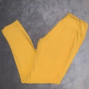 LulaRoe One Size Mustard color Leggings